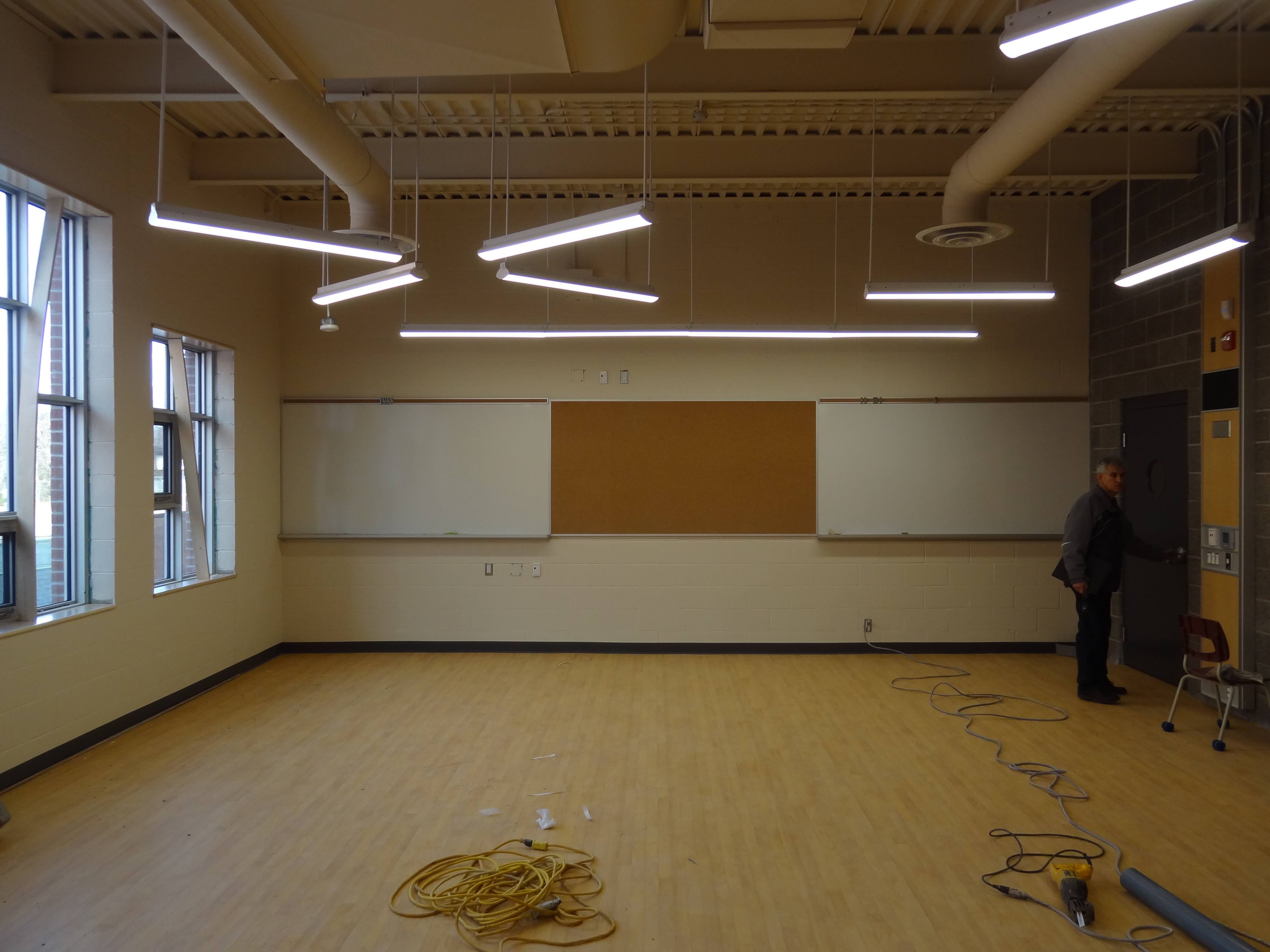 HWDSB-Queensdale-School-Renovations